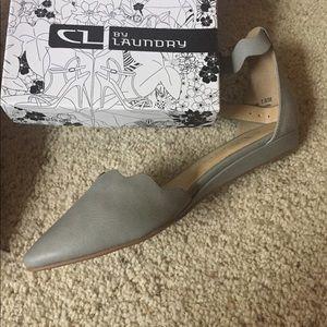 Flats shoes